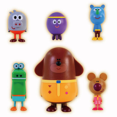 Hey Duggee-Dress Me Up Duggee Figurine